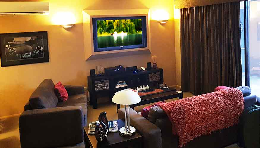 Entertainment, TV, stereo, DVD in private accommodation
